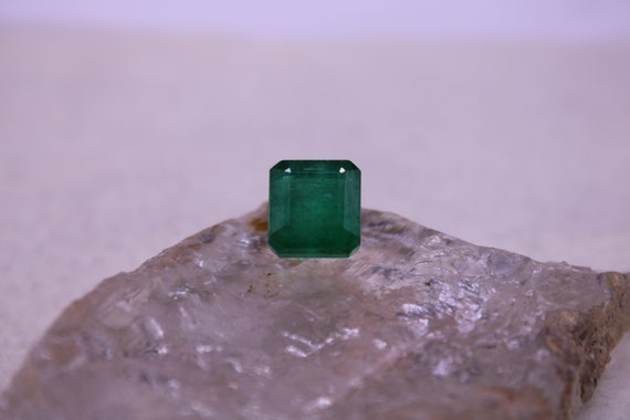 5.93 Cts Tourmaline Earth Mined Natural Ultimate Green Color Carving Shape Loose Gemstone -1Pcs