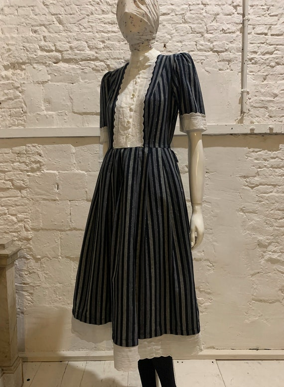 Vintage 1970s/80s striped prairie dress,embroidery