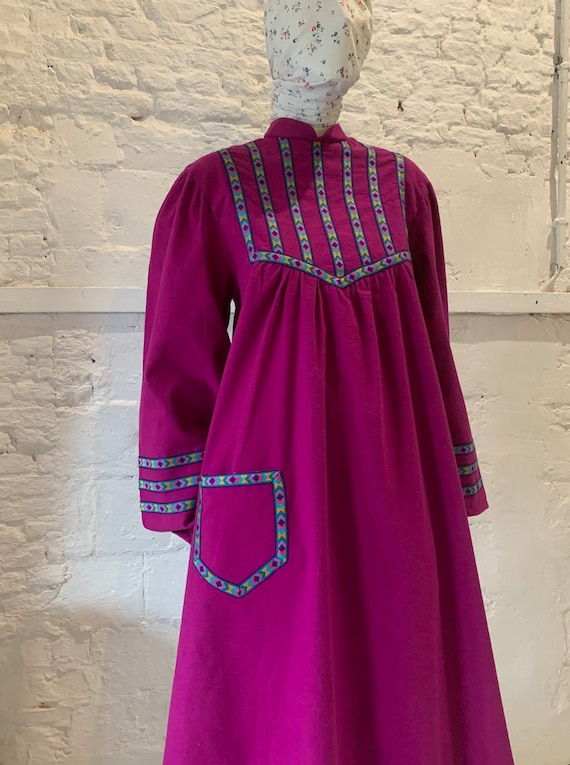 Vintage 1970s/80s cotton prairie smock dress, ball