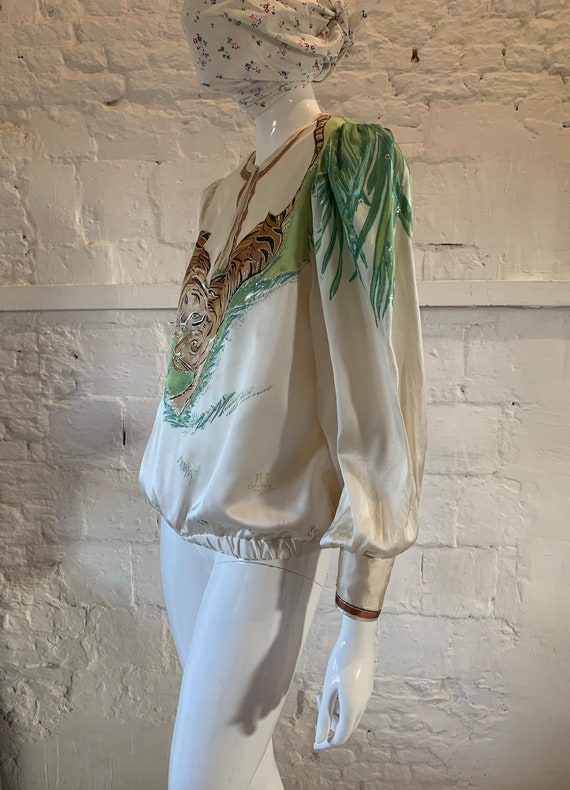 Vintage 1970s/80s tigers hand painted blouse vamp… - image 6