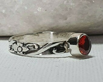 Sterling silver, floral band, hand crafted, birthstone solitaire ring, January Garnet