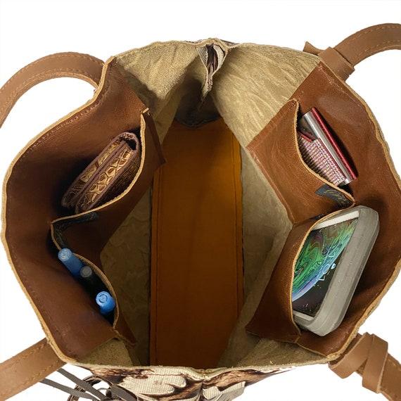Raviani Wristlet Bag in Tan /& Brown Laredo Embossed Leather Made In USA