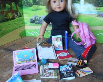 """Blue Purse with Abstract Design  Fits 18/"""" American Girl Dolls"""