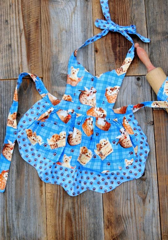 Shih Tzu Dog Precious Knit Hat Apron with Pockets