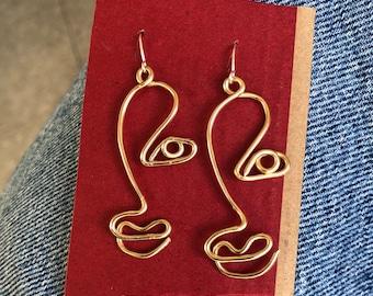 Half Face Wire Earrings