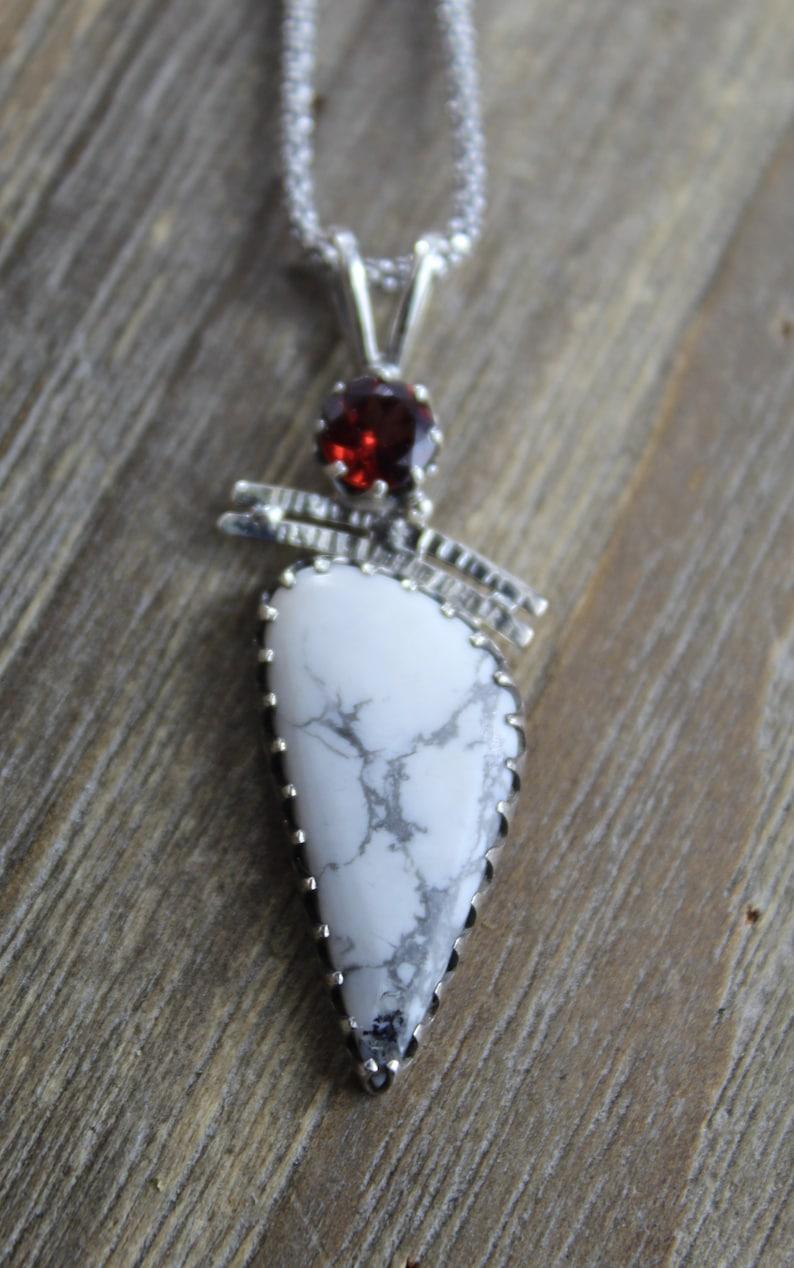 Solid Silver healing stone 925  sterling silver chakra stone Garnet Natural Genuine White Howlite gemstone pendant necklace