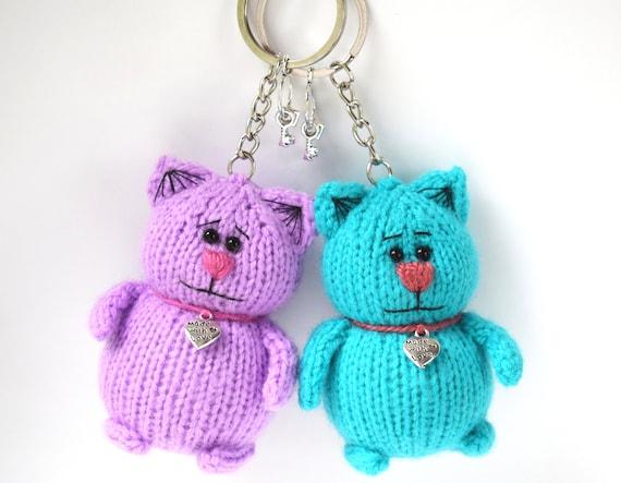Amigurumi Shark Keychain Crochet Free Patterns - Crochet & Knitting | 443x570