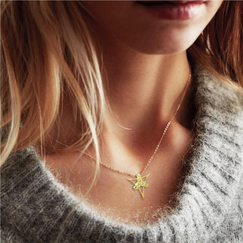 FANY Fashionable Gold Plated 6 Stone 0.925 Argentium Silver Peridot Pendant Necklase