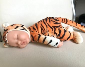 Safari Friends Baby Sleeping Bag 6-12 Months Baby Sleep Lion Hippo Tiger