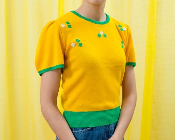 60s mod yellow short puff sleeve sweater medium