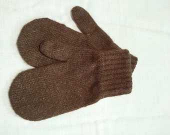 3 to 5 years size ready to ship childrens mittens in sand color Kids alpaca mittens winter accessories natural dyed alpaca