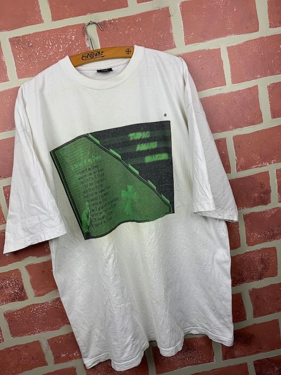 Vintage Y2K 2000s Tupac Shakur Rap Tee T-Shirt
