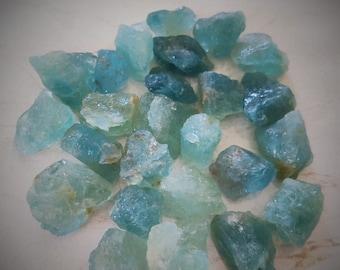 10 pieces natural Aquamarin pantagon shape 10X12 drilled gems Aquamarin stone beads,side drilled natural Aquamarin pantagon  size 10X10 mm
