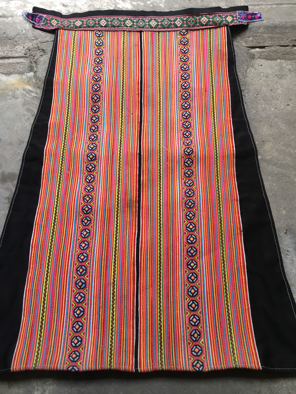 Vintage Aprons, Retro Aprons, Old Fashioned Aprons & Patterns Vintage Hmong Apron  424A $12.00 AT vintagedancer.com