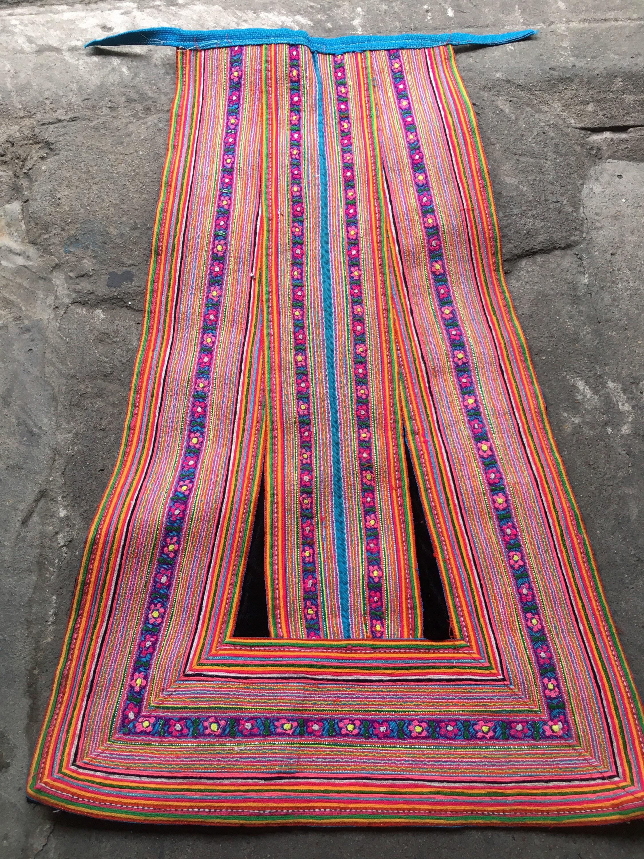 Vintage Aprons, Retro Aprons, Old Fashioned Aprons & Patterns Vintage Hmong Apron  205B $12.00 AT vintagedancer.com