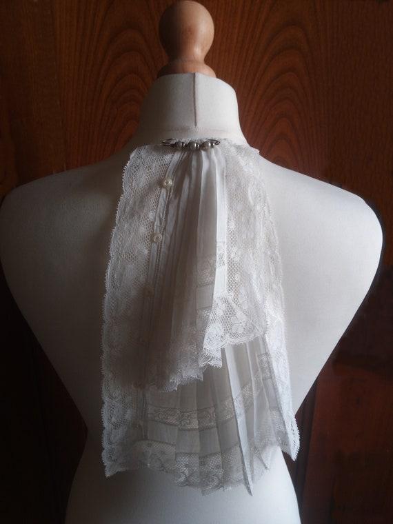 Antique Jabot/lace collar/1900s/vintage jabot /Fre