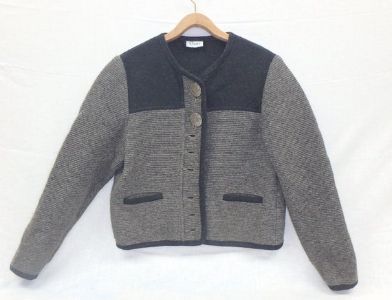 Vintage Austrian Wool two-toned sweater with aweso