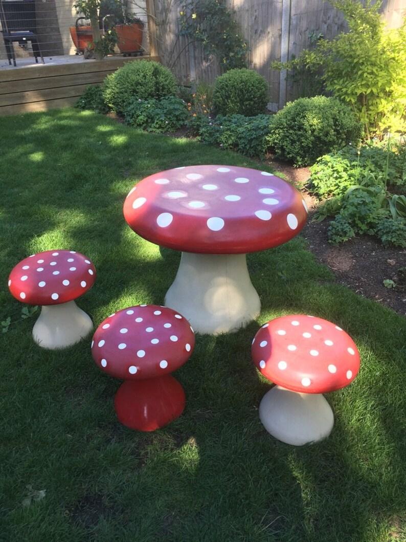 Biba Children's Toadstool Table & 3 Toadstool Stools