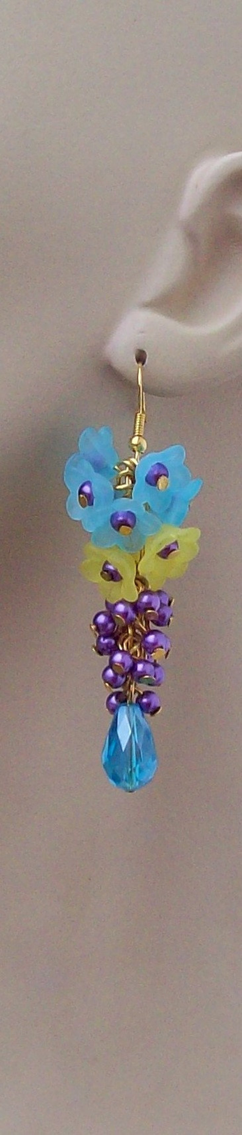Floral Lucite Beads Cluster Earrings Crystals Pearls