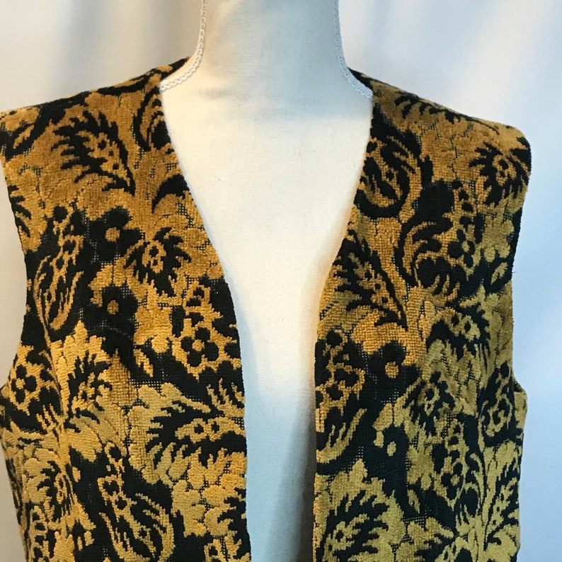 Vintage 70s Tapestry Brocade Carpet Vest Womens ML Boho Hippie Jacket