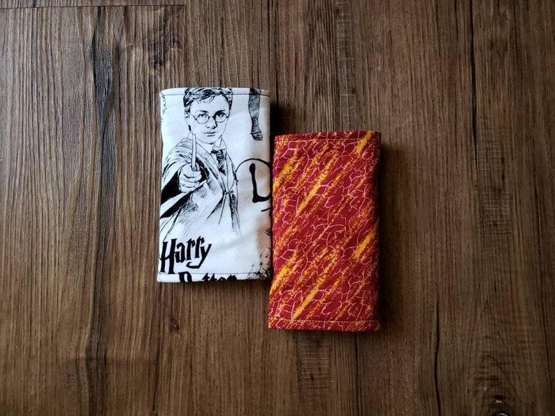 Harry Potter reversible Suckpads+Lillebaby Bib set