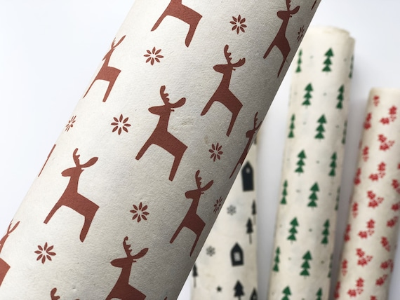 SECONDS - 2 sheets of Christmas Gift wrapping paper | Reindeer