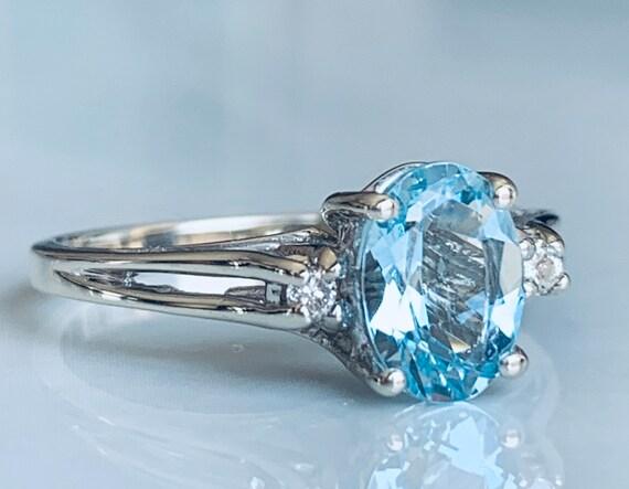 Aquamarine ring 14k White Gold Diamond Aquamarine