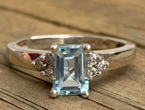 Aquamarine Ring 2 Ct Aquamarine Engagement Ring Aq
