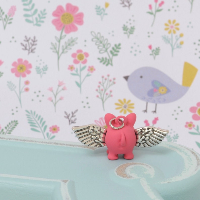 When Pigs Fly ADORABLE Charm Pink Little Piggy Hanging Loop Silver Tone Wings