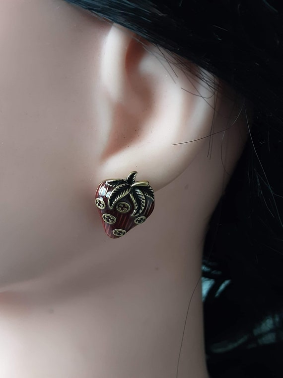 Strawberry Gucci earrings hallmarked