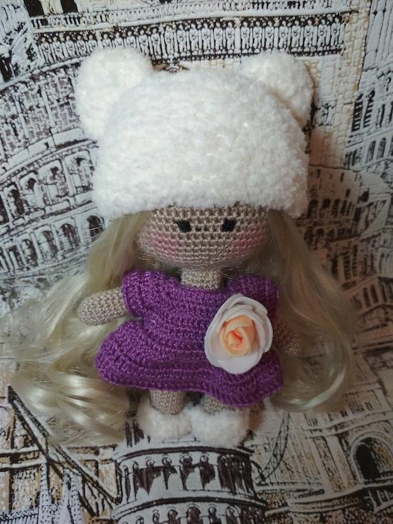 Putting Hair on Crocheted Dolls | | 760x570