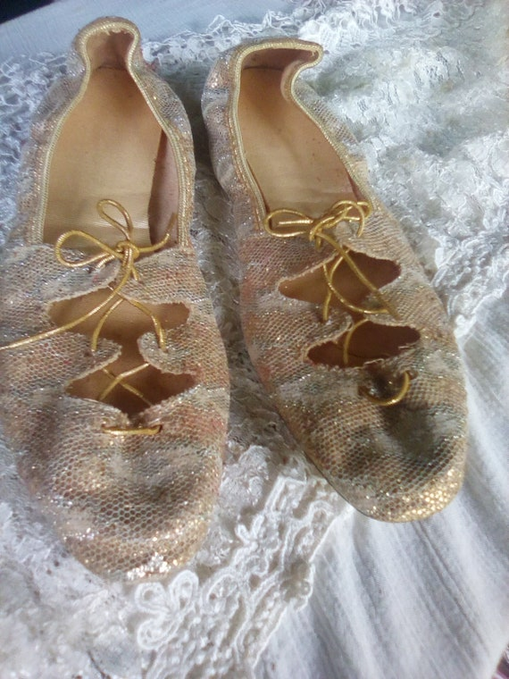 Vintage Mercury ballet style lace up flats