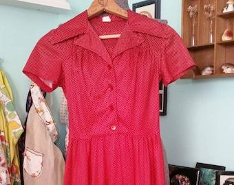 Vintage 1970s polka dot polyester dress size 5 / vintage dress size XS / 70s maroon dress