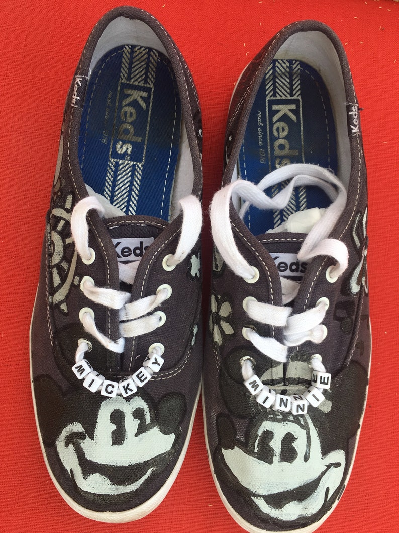 114f173dda215 Size 8.5 Old School Mickey and Minnie Mouse Keds