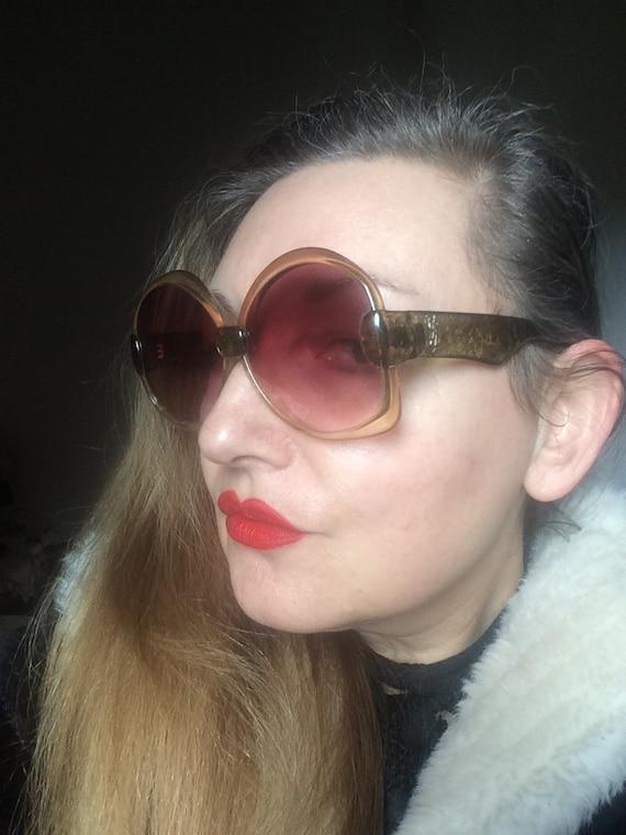 1970s YSL Oversized Sunglasses 651 - image 7