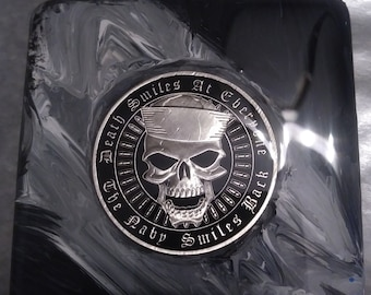 THE NAVY SMILES BACK SKULL Commemorative Novelty Coin DEATH SMILES AT EVERYONE