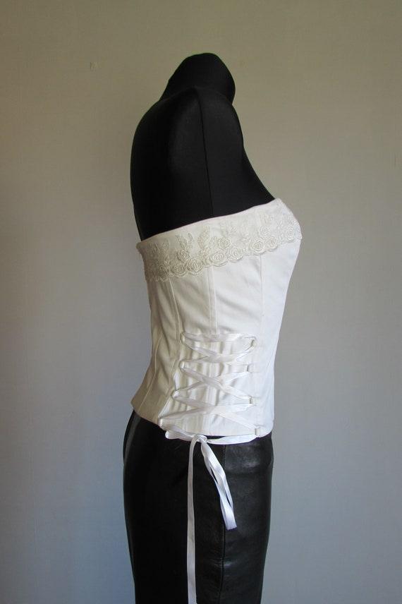 Vintage 90's White Corset, Lace Trim, Wedding Cor… - image 4