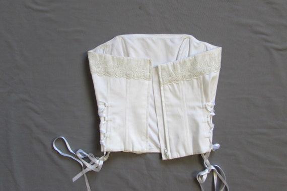 Vintage 90's White Corset, Lace Trim, Wedding Cor… - image 8