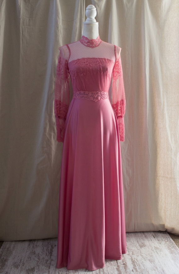 Vintage 70/'s Dusty Pink Lace Flutter Top Cold-Shoulder Maxi Dress Gown size Small