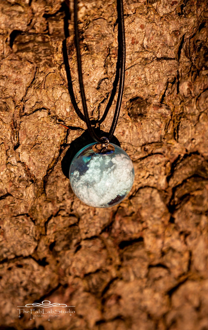 Pendant Cloud in a Ball  Resin  Cloud  Leather  Ice  Ice image 0