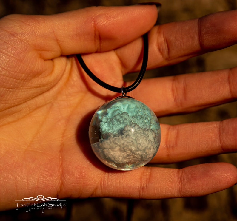Pendant Cloud in a Sphere 3 cm  Resin  Cloud  Leather  image 0