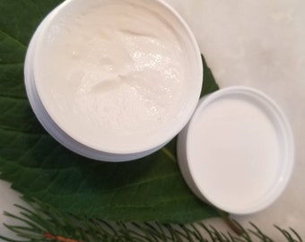 ALOVERA Moisturizer | Hydrating Soothing Cooling | Rejuvenating Skin | Improves Skin and Smoothness All skin types