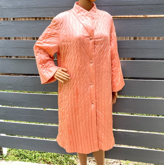 XL 60s Housecoat by Vanity Fair Quilted Nylon Dres