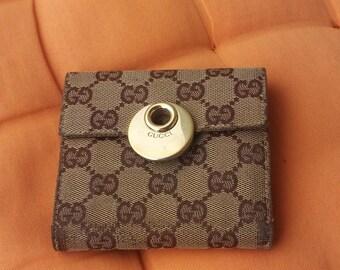 51afff650e76 Vintage 80's Gucci wallet