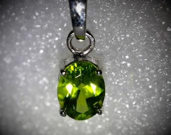 Untreated Peridot Pendant Peridot 2.85ct Rose Gold Finish Solid 925 Sterling Silver Pendant Natural Oval Shaped, August Birthstone