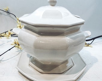 GORGEOUS Soup Tureen with Lid and Base Plate
