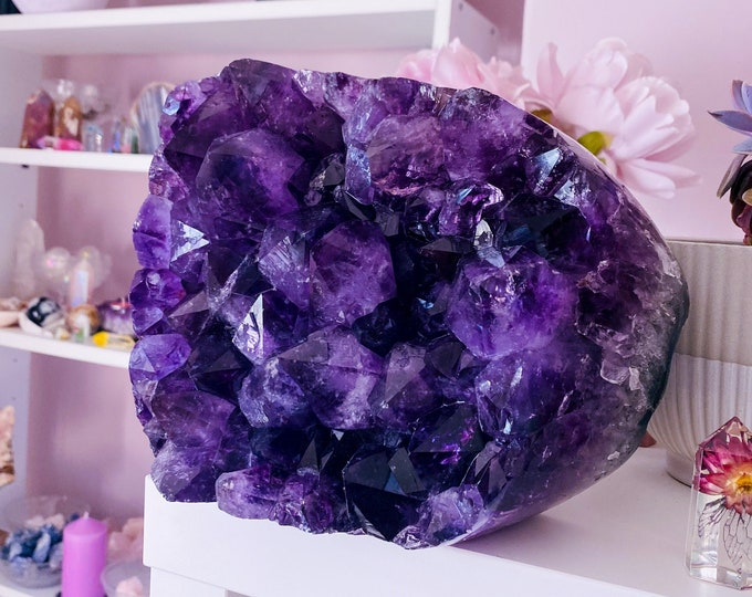 4.8kg Amethyst Crystal Geode Cluster / Great Healer / Good For Sleeping Troubles, Migraines & Headaches / Relieves Anxiety, Stress