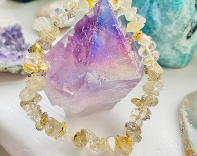 Rutilated Quartz Crystal Chip Bracelet / Reduces Depression, Soothes Low Moods & Dark Thoughts, Blocks Negativity / Eases Anxiety + Fear