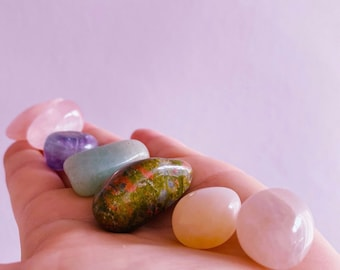 Helping Fertility Crystal Prescription Kit / Boosts Fertility, Helps With Childbirth, Helps Self Love