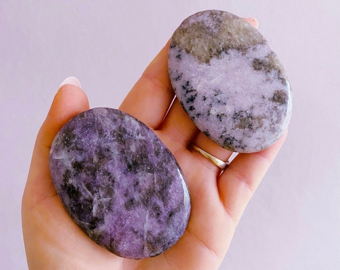 Sparkly Lepidolite Mica Crystal Palm Flat Stones / Mood Stabiliser, Increases Tranquility & Calmness During Stress / Helps Reduce Anxiety